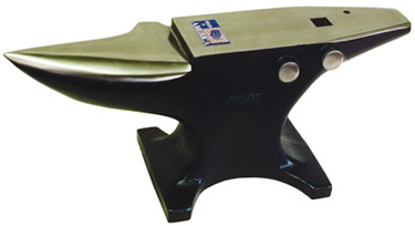 125 Pound Anvil: click to enlarge